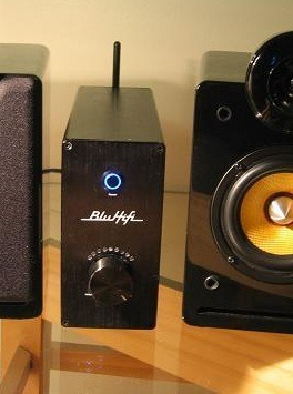 Picture of the BluAmp bluetooth hifi amplifier on Kickstarter